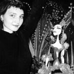 Elina Agejeva, Absolventin der St. Petersburger Theaterakademie, gehört zu den jüngsten und erfolgreichsten Schauspielerinnen des renommierten St. Petersburger Theaters